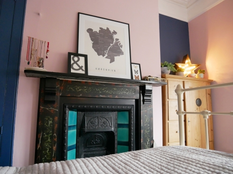 bedroom_fireplace2